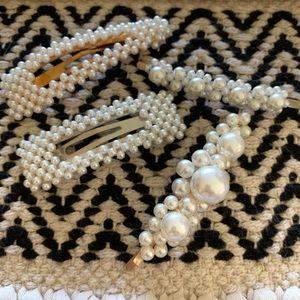 NWOT Pearl Hair Clips